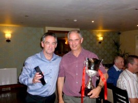 Overall winner and current  VH Chairman   Phil Harper (right)